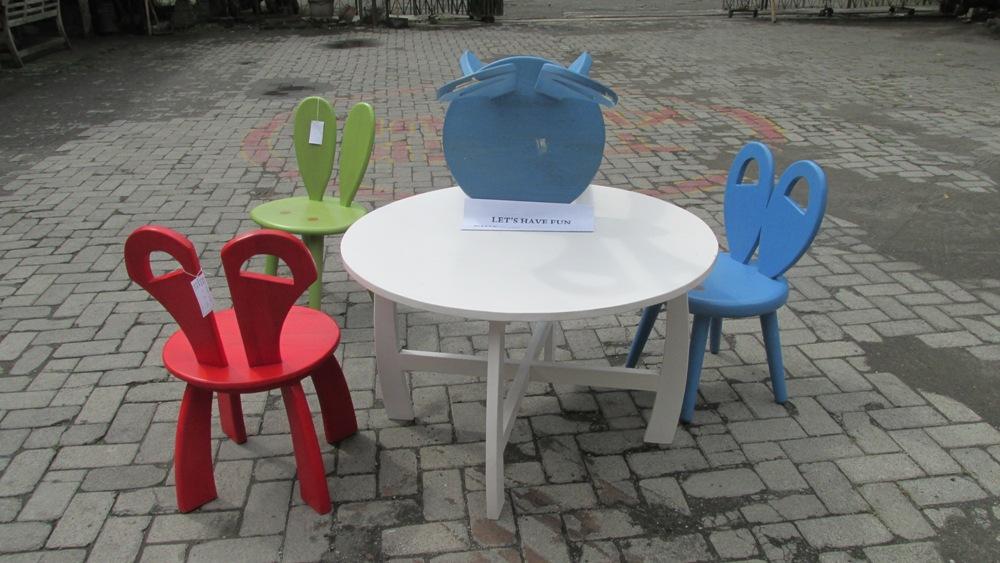 set kursi anak